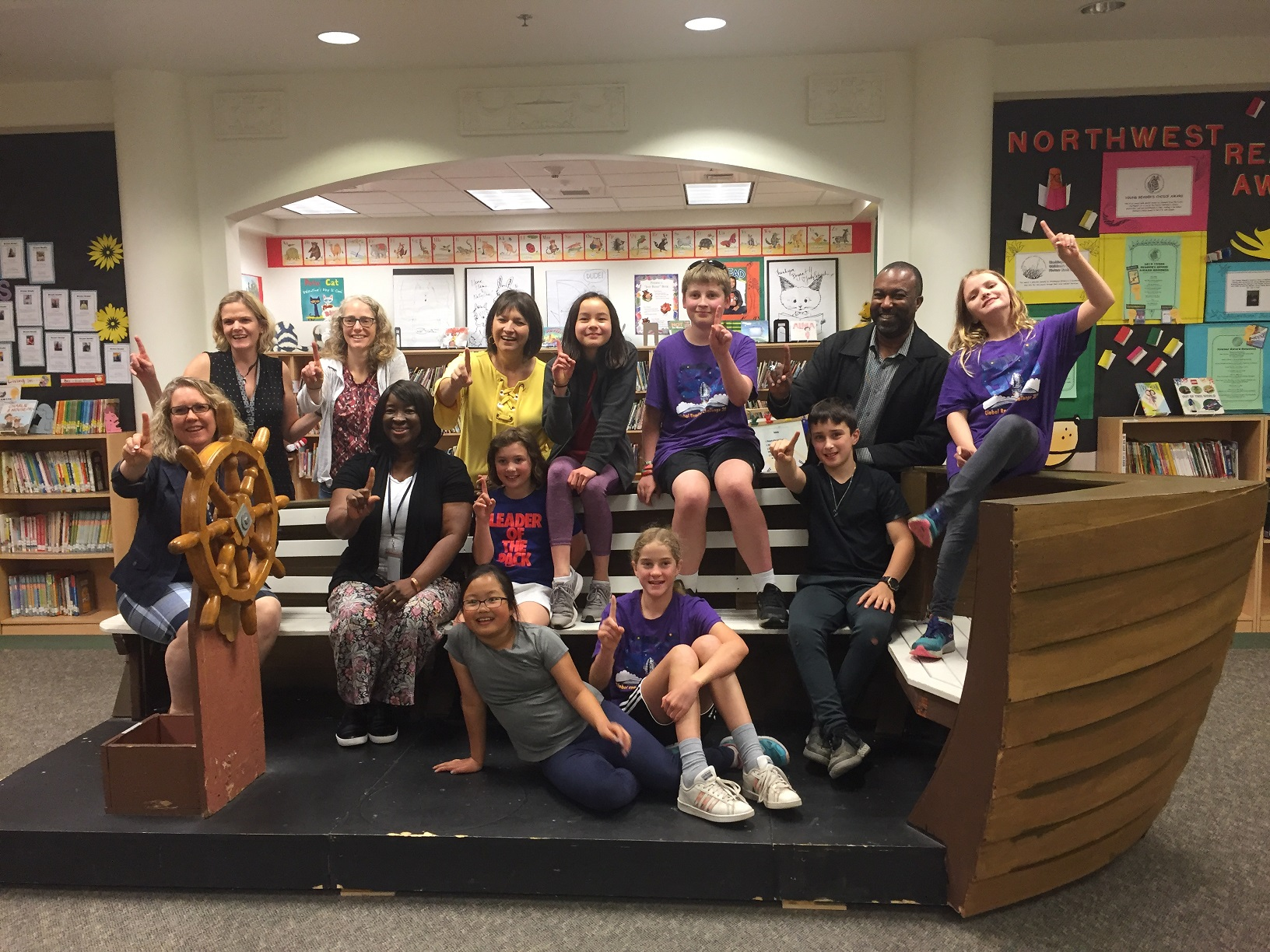 Students on the 2019 winning team from Bryant Elementary pose with the Chief Librarian